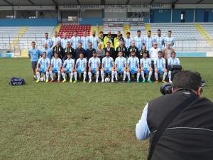 Akragas 2016-2017 in posa per la foto di gruppo