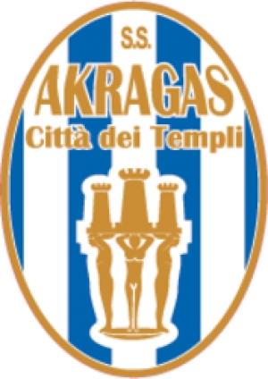 Berretti dell'Akragas sconfitta dal Catania