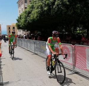 Giro d'Italia: Agrigento mostra le proprie bellezze. Ma la festa è macchiata.